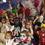 Детско парти с маски и костюми